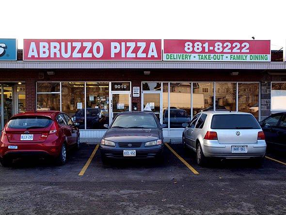 Toronto food Abruzzo Pizza