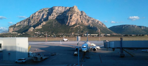 Palermo airport 1