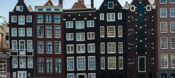 Amsterdam-Noted