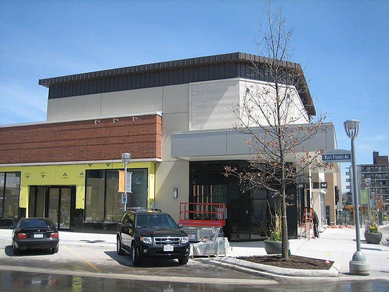 Shops at Don Mills Toronto