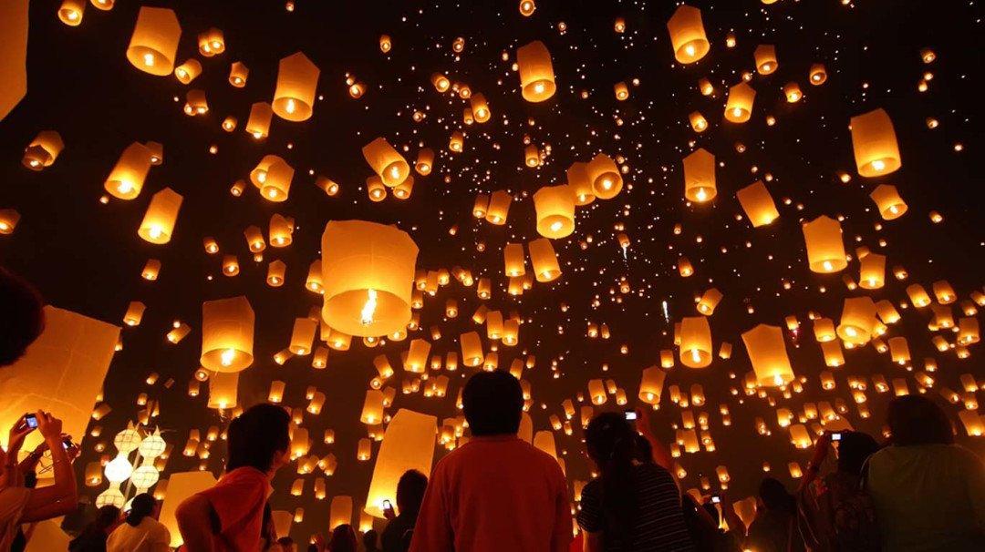 Mumbai Diwali lights lantern festival