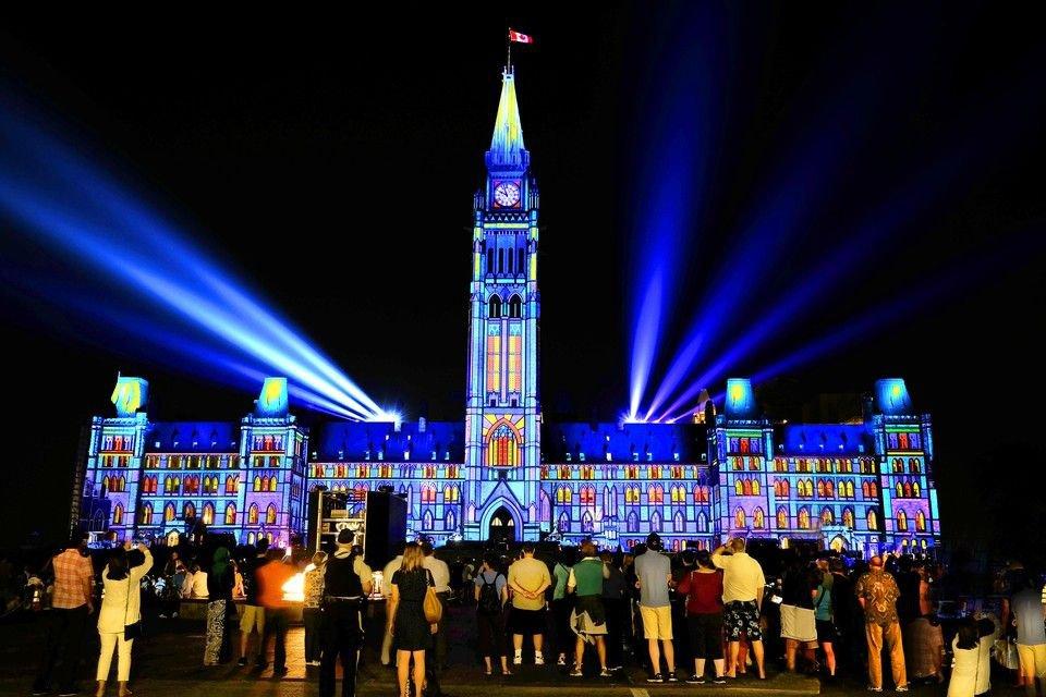 Ottawa Parliament Light Show