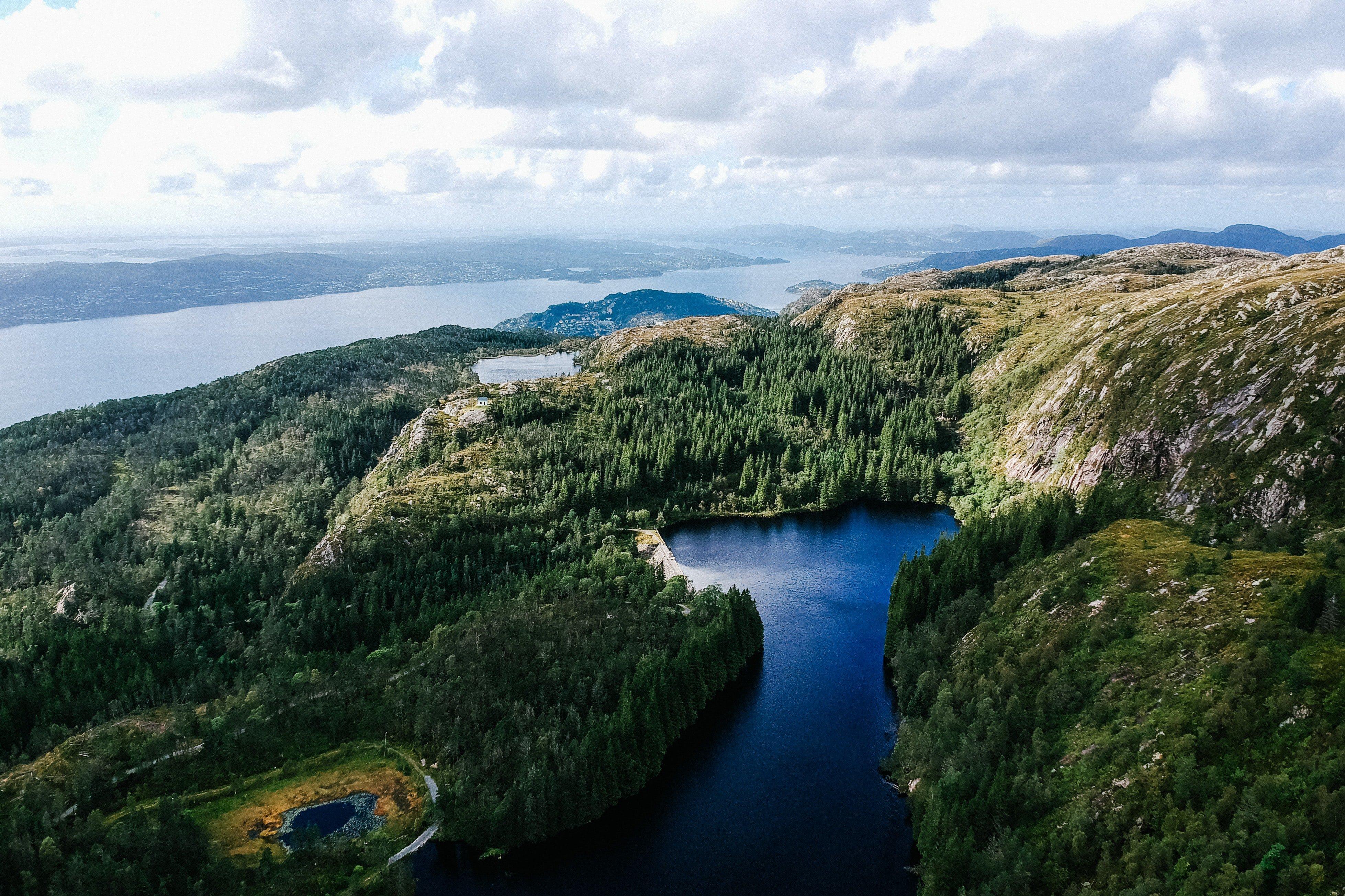 hiking bergen fjords