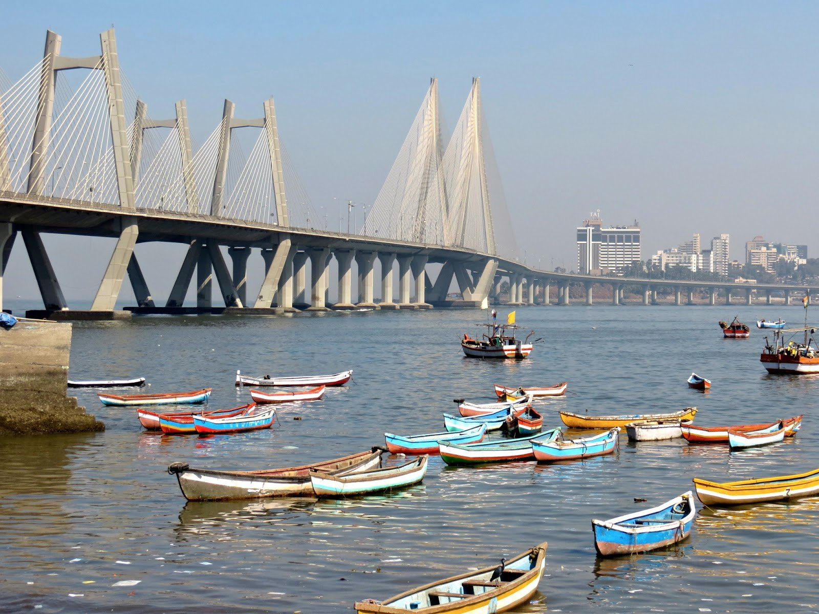 Mumbai fishing boats